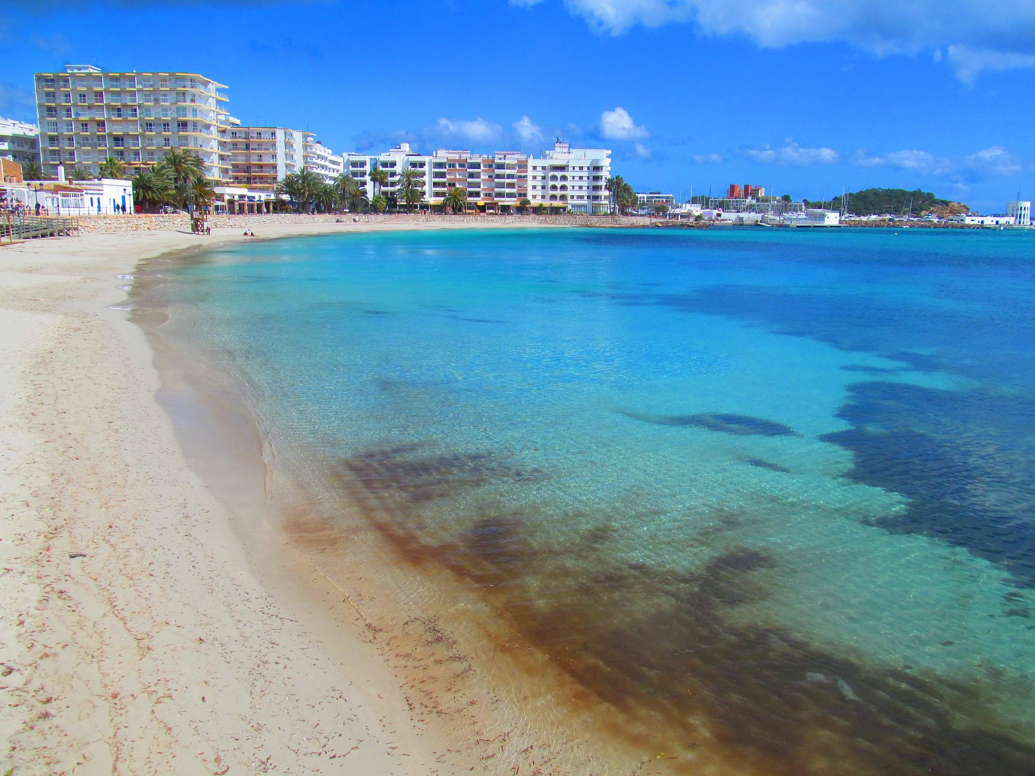 santa eularia beach2