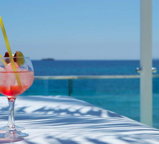 Galeria-cocktail-pool-sea